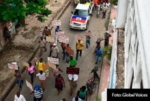 INTERIORES-PROTESTAS-HAITI-4