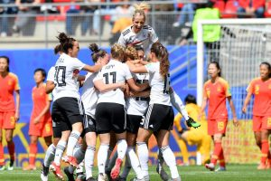 Portada-Alemania-China-Mundial Femenil 2019-Foto FIFA-1600x-(1)-min