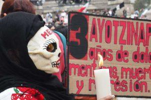 Portada-Ayotzinapa-Foto Antonio Nieto-CINU México-1600x-min