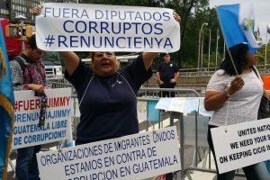 Portada-CICIG- Ciudadanos vs Pacto de Corruptos-Foto El Periódico-1600x-min--https://elperiodico.com.gt/--