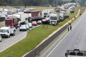 Portada-Camioneros hacen paro en Brasil-El Agro-1600x-min--http://www.elagro.com.py/--
