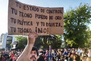 Portada-Chile-Protestas-Foto Medios Libres-1600x-(1)-min