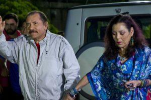 Portada-Daniel Ortega y su esposa Rosario Murillo-El Español-1600x-min--https://www.elespanol.com/--