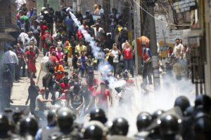 Portada-Disturbios Honduras-Foto La Página-1600x-(1)-min--https://www.lapagina.com.sv/--