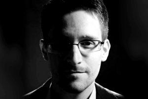 Portada-Edward Snowden-Foto Wall Papers Expert-1600x-6-min--http://wallpapersexpert.com/--