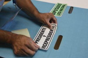 Portada-Elecciones Guatemala-Foto France 24-1600x-(1)-min--https://www.france24.com/--