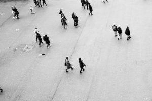Portada-Gente-Foto John Simitopoulos-(@john_simitopoulos)-Unsplash-1600x-(1)-min