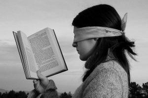 Portada-Lectura incorrecta-Foto Ángel Hernández-Pixabay-1600x-(1)-min