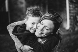 Portada-Madre e hijo-Foto Connor Wilkins-(@wilks_and_cookies)-Unsplash-1600x-(1)-min