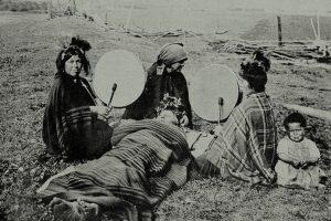 Portada-Mapuches-Foto: Cosecha Roja-(1)-1600x-min