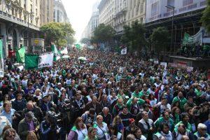 Portada-Marcha vs Macri-El Furgón-1600x-4-min