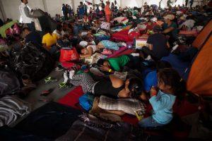 Portada-Migrantes Campamento CDMX-Foto César Martínez López-Cimacnoticias-1600x-(1)-min