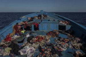 Portada-Migrantes-Foto Open Arms-1600x-(2)-min