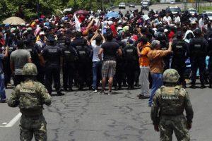 Portada-Migrantes-Foto desInformémonos-1600x-1-(1)-min