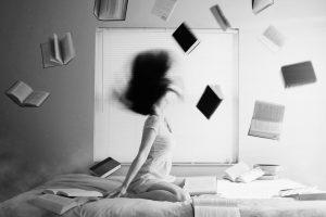 Portada-Mujer Libros-Foto Lacie Slezak-(@nbb_photos)-Unsplash-1600x-(1)-min