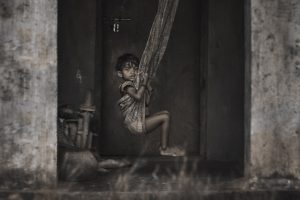 Portada-Niñez-Foto Aditya Siva-(@msaditya9)-Unsplash-1600x-(1)-min