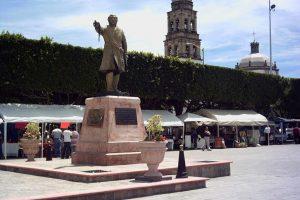 Portada-Plaza principal Acámbaro-Foto Minube-1600x-min--https://www.minube.com/--