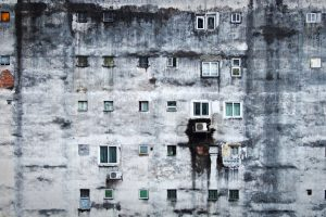 Portada-Pobreza-Aislamiento-Foto Sérgio Rola-(@sergio_rola)-Unsplash-1600x-(1)-min