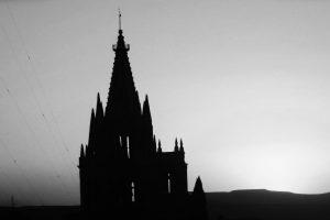 Portada-San Miguel de Allende-Foto Ricardo Torres-(@cayeyabo)-Unsplash-1600x-(2)-min