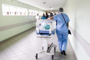 Portada-Servicios de Salud-Foto Hush Naidoo-(@hush52)-Unsplash-1600x-(1)-min