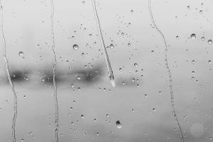 Portada-llovizna-Foto Milkoví-(@milkoví)-Unsplash-1600x (1) (1)-min