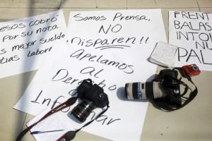 Manifestación de reporteros y fotoperiodistas en febrero de 2014 en Veracruz. | Foto: Félix Máquez / Cuartoscuro.
