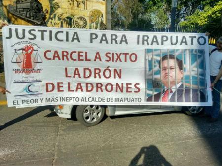El CCI recordó también las denuncias que ha iinterpuesto contra el ex alcalde Sixto Zetina. | Foto: Cabildo Ciudadano Irapuatense.
