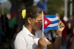 Santiago de Cuba, Cu. Domingo 4 de diciembre de 2016. Aspecto de la asistencia de ciudadanos al entierro de Fidel Castro. | Foto: Alan Ortega / Cuartoscuro.