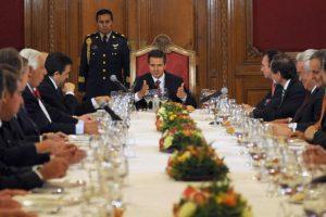Portada-EPN en reunión con el Consejo Mexicano de Negocios-(2013)-Foto Gobierno de la República-1600x-(2)-min