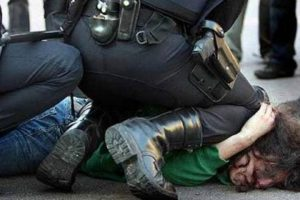 Portada-Abuso policial-Foto El Diario de Chihuahua-1600x-(1)-min--www.eldiariodechihuahua.mx/--