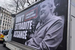Portada-Assange-twitter-min