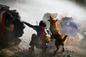 Portada-Chile-Graffiteros-Foto Pressenza-1600x-1-(1)-(1)