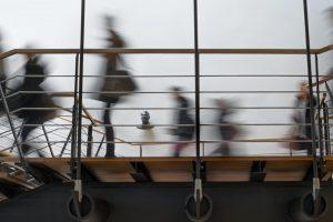 Portada-Estudiantes universitarios-Foto Loïc Fürhoff-(@imagoiq)-Unsplash-1600x-(6)-(5)--https://unsplash.com/@imagoiq--
