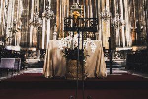 Portada-Iglesia-Foto Anthony Bevilacqua-(@bevilens)-Unsplash-1600x-(5)-(5)--https://unsplash.com/@bevilens--