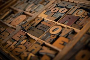 Portada-Letras-Foto Patrick Fore-(@patrickian4)-Unsplash-1600x-(1)-(1)--https://unsplash.com/@patrickian4--