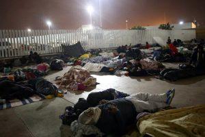 Portada-Migrantes Centroamericanos Intentan entrar a EEUU-Foto Aporrea-1600x-(1)-(1)--https://www.aporrea.org/--