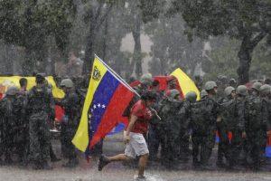 Portada-Militares y Ciudadanos en Proresta-Foto Nueva Sociedad-1600x (1)-min--https://nuso.org/--