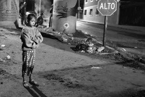 Portada-Niña migrante-Foto Rubén Figueroa (@RubenFigueroaDH)-MMMesoamericano-1600x-(1)-(1)--https://twitter.com/RubenFigueroaDH--
