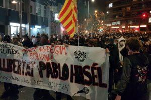 Portada-Protestas x Pablo Hasél-Foto Jordi Ventura-Viento sur-1600x-(1)-(1)--https://vientosur.info/--