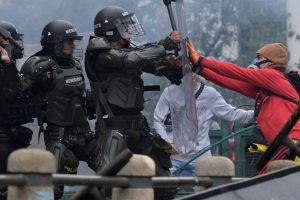 Portada-Represión Colombia-2021-Foto Canal N-1600x-(1)-(1)--https://canaln.pe/--